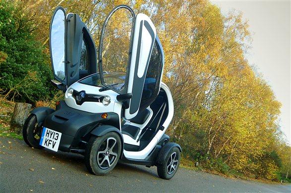 renault twizy road test new release car news nov 2013. Black Bedroom Furniture Sets. Home Design Ideas