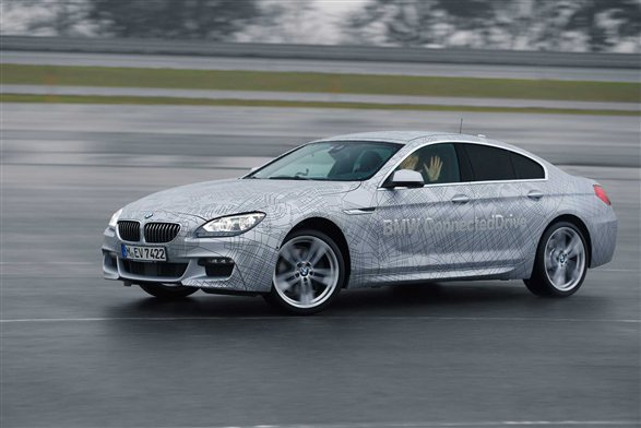 BMW invents the self-drifting car