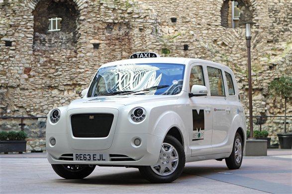 New hybrid black cab revealed