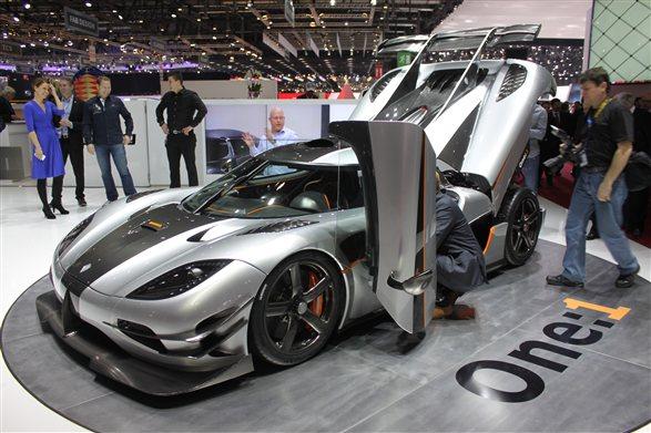 Koenigsegg One:1 debuts