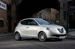New Chrysler Ypsilon details