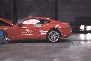 Mustang in crash test flop